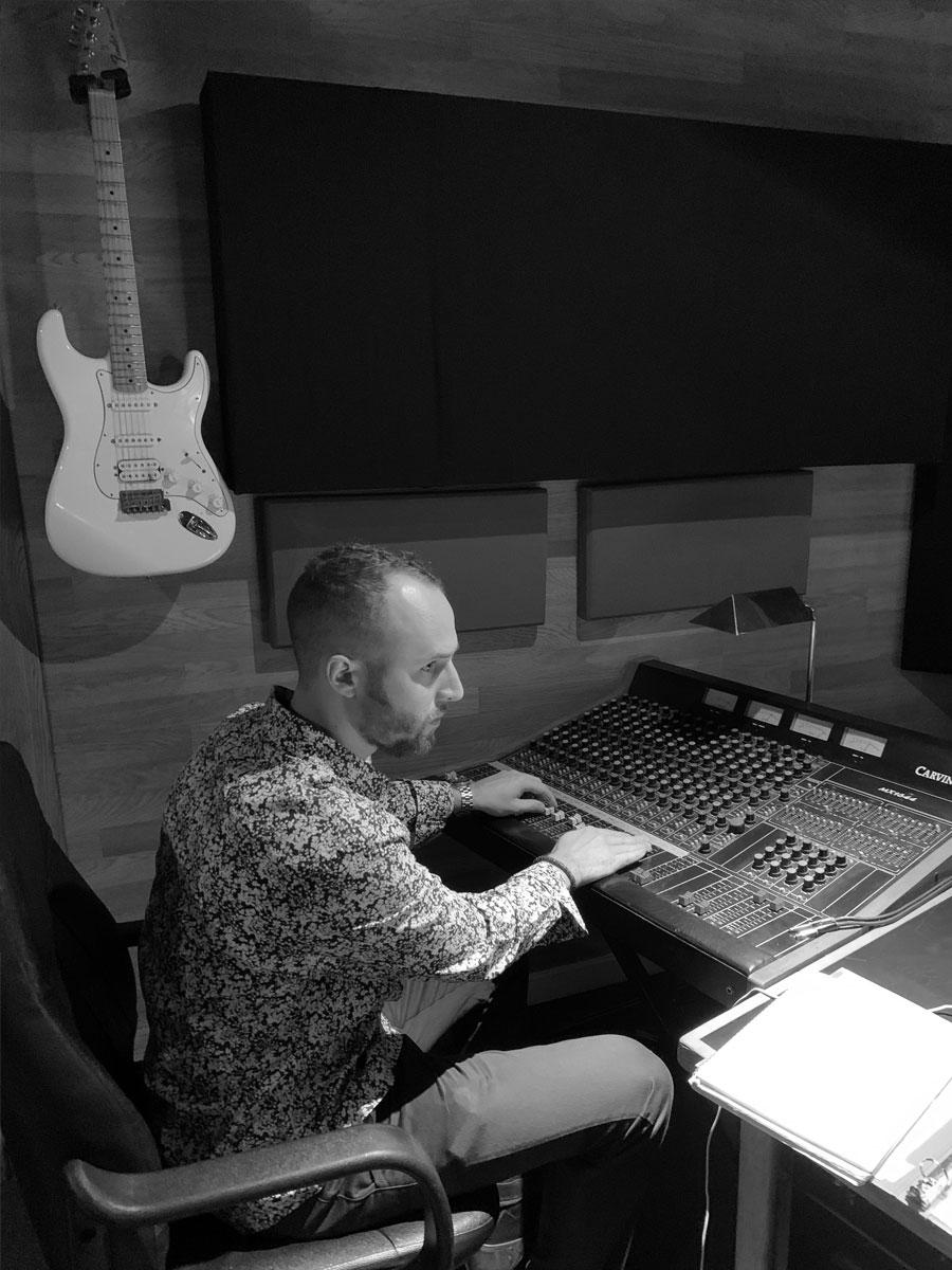 Dan Searl Mixing in the Studio